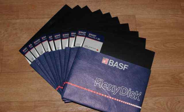 Коллекционерам - дискеты 8