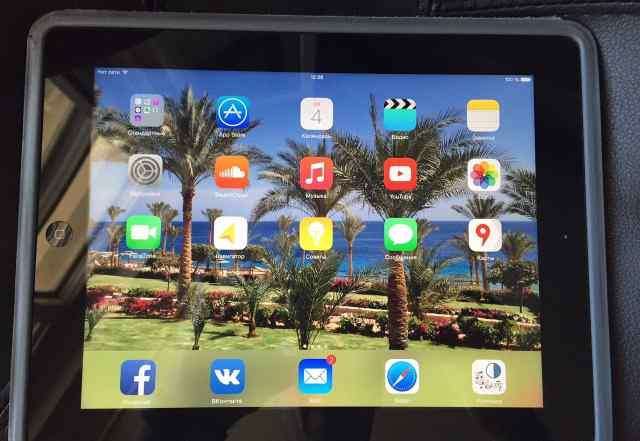 Черный Aррlе iРаd 3 64Гб Wi-Fi 3G/LTE sim