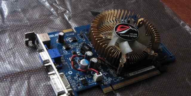 Asus GeForce 8600 GT в отличном состоянии