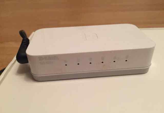 Коммутатор (switch) D-link 1005A