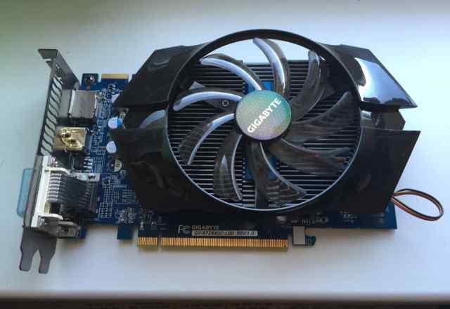 Gigabyte Radeon R7 260X-1GB (GV-R726XOC-1GD)