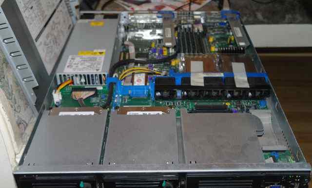 Сервера старенькие. 9 штук