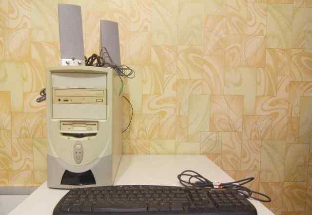 Продаю системный блок Pentium III