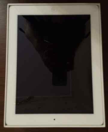 Apple iPad 3 (NEW iPad) WI-FI 64GB + аксессуары