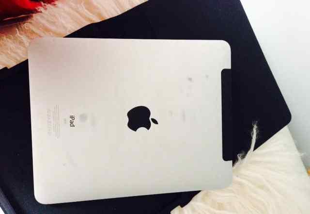 I-pad 1 64 gb Wi-Fi в отличном состоянии