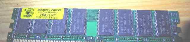 Одна планка DDR 1Gb PC400