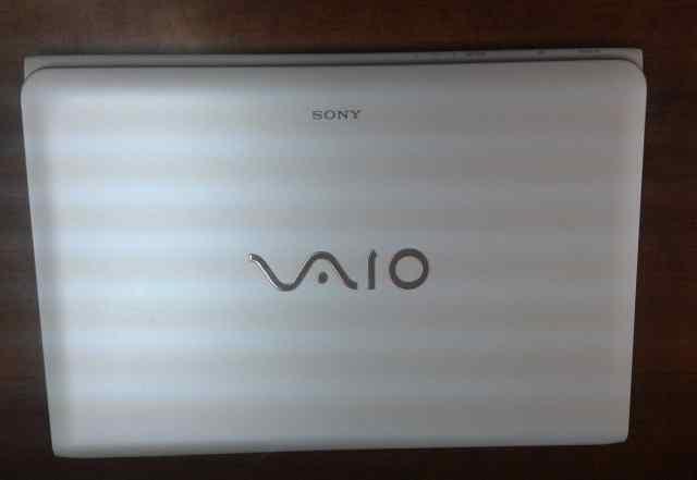 Sony Vaio SVE 1512Q1