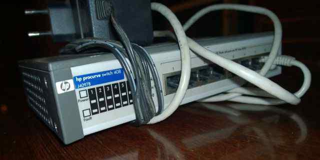 Коммутатор HP ProCurve Switch 408