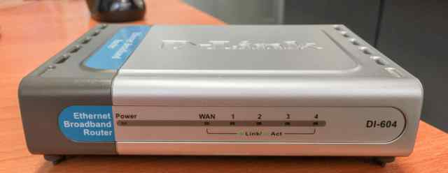 Проводной роутер маршрутизатор Dlink DI-604