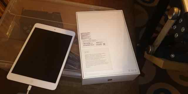Планшет apple iPad mini with retina 32Gb Wi-Fi