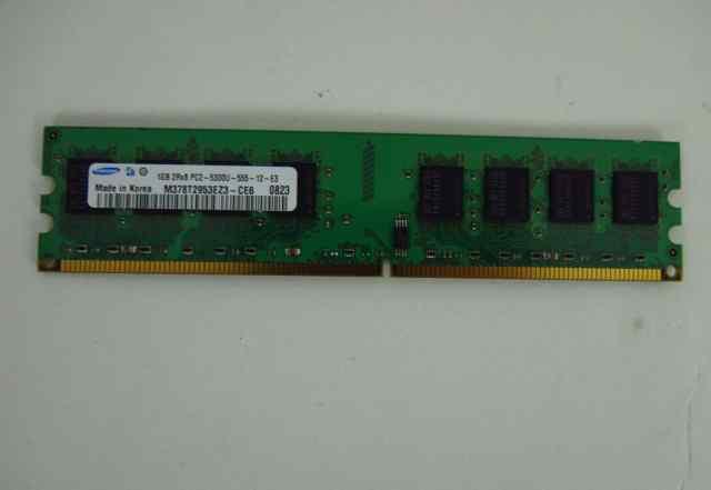 Samsung 1Gb DDR2 2Rx8 PC2 5300U-555-12-E3
