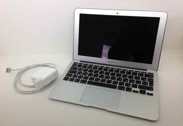 MacBook Air 11 Early 2014 i7 1.7Ghz / 8GB / 256GB