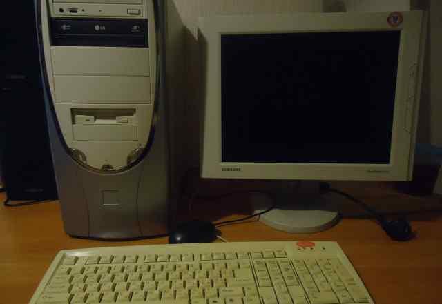 компьютер с ЖК монитором 15