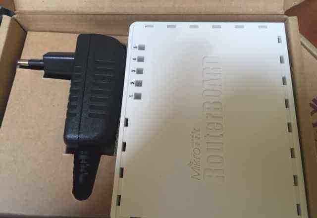 Router board 750gl Micro Tic