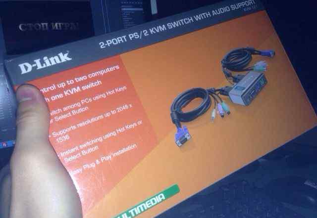 Переключатель (2 комп в 1 монит ) KVM D-link 121