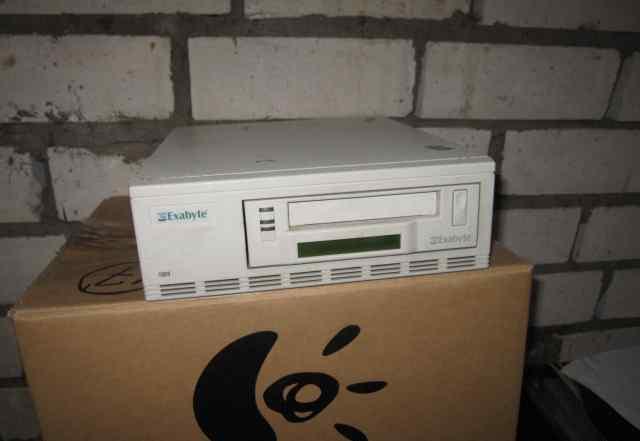 Стример scsi Exabyte 8mm 40Gb