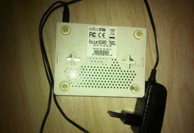 MikroTik routerboard 750GL