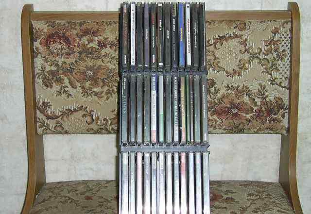 Стойка для компакт дисков