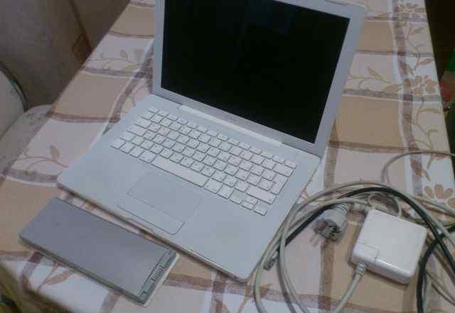 MacBook A1181 2007