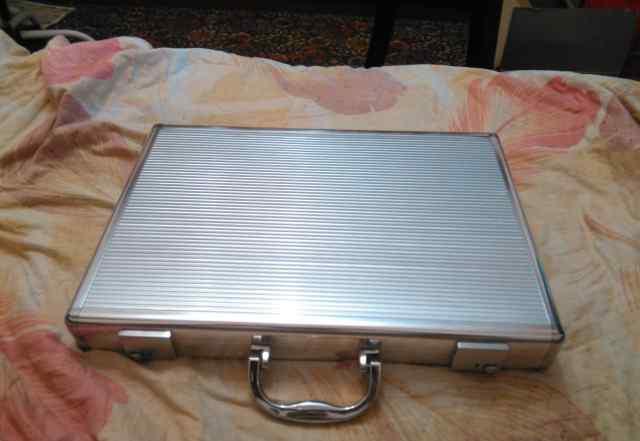 Кейс для ноутбука металлический