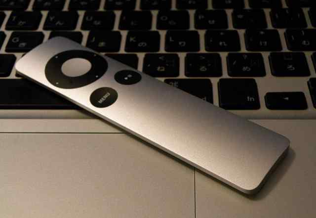 Apple remote пульт