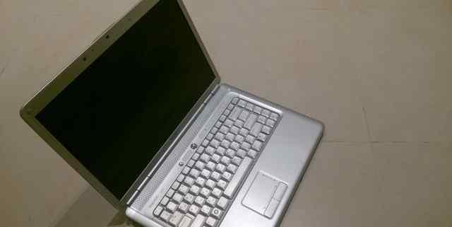Dell Inspiron 1525 /2G/250/Cam/Win7Ult