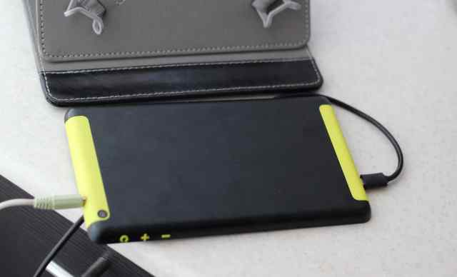 PocketBook SurfPad 4 S HD 16Гб 3G