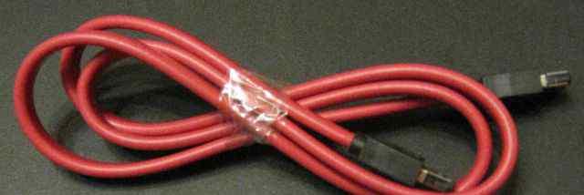 Интерфейсный кабель esata 90cм