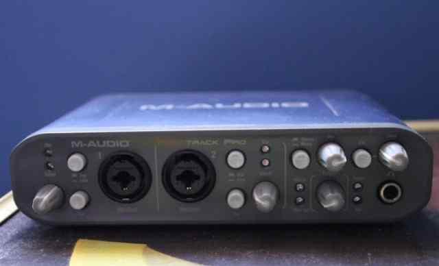 M-Audio Fast Track Pro Внешняя звуковая карта