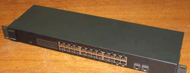 24-портовый коммутатор zyxel GS-1124A