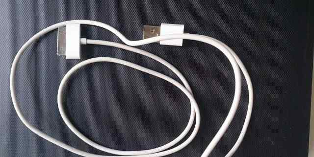 Кабель Apple 30-pin to USB Cable MA591G/A