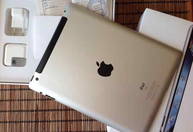 Apple iPad 3 Retina 32Gb Wi-Fi + Cellular рст