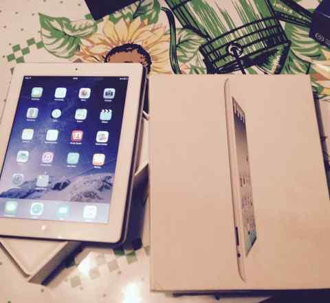 Apple iPad 3 3G 64Gb