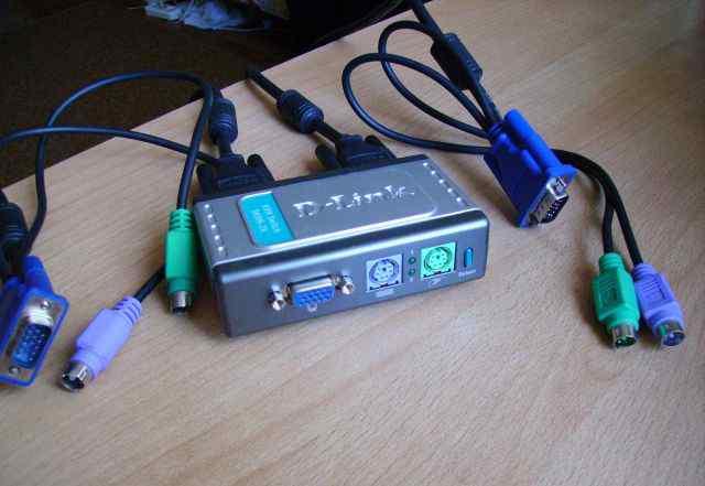 Переключатель D-Link dkvm-2K для компьютеров