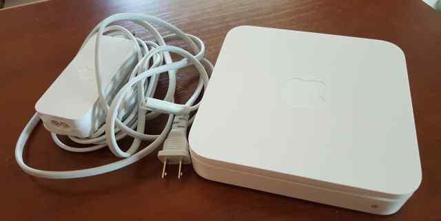Роутер Apple AirPort Extreme 802.11a/b/g/n