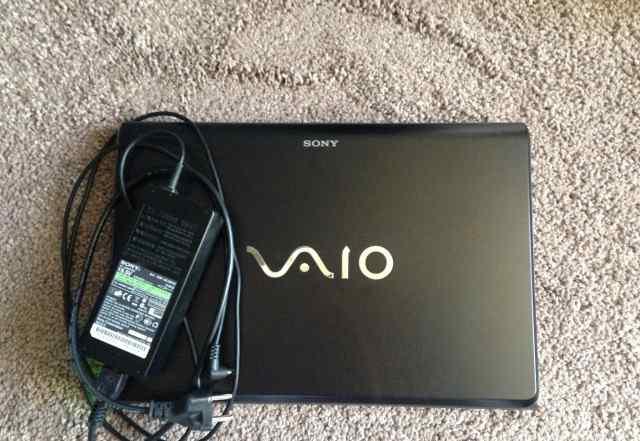 Sony Vaio VPC-F13Z1R PCG-81111V i76GB500GB
