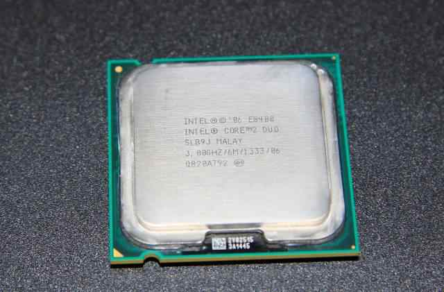 Intel Core 2 Duo E8400 (3GHz, 6Mb, 1333MHz)