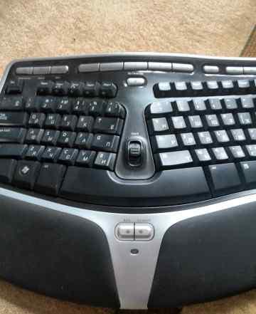 Microsoft Natural Wireless Ergonomic Desktop 7000