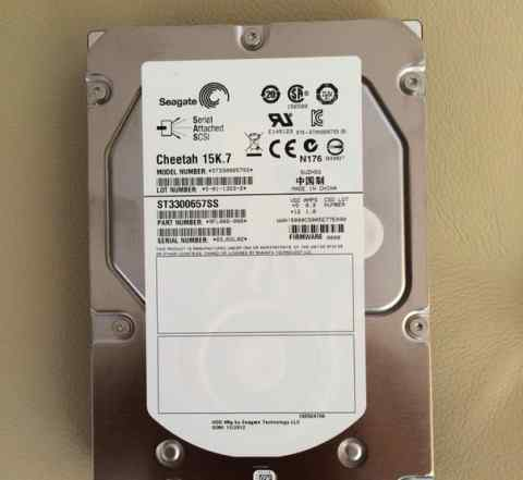 Серверные жесткие диски Seagate 300Gb 15k.7
