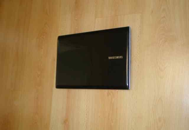 Ноутбук Core i3 - 4 х 500 гб