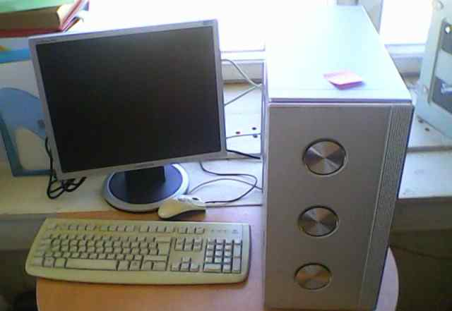 Компьютер Core2Duo 2.13Ghz/2Gb/200Gb/256/dvdrw/19L