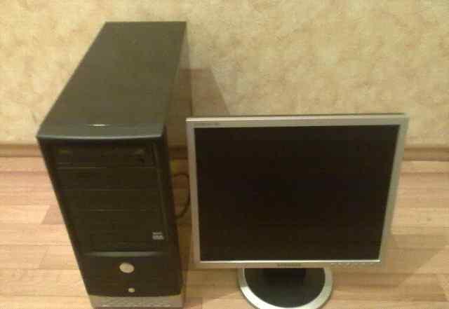 Персональный компьютер и ЖК монитор