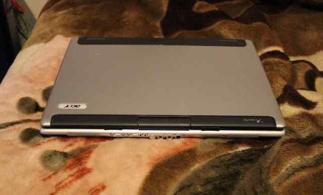 Продаю ноутбук на запчасти, не работает видеокарта