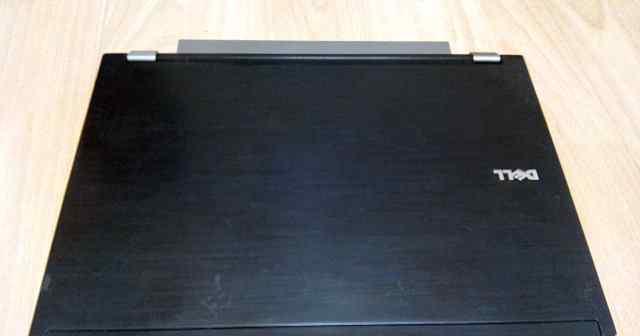 Latitude E4300 Core2Duo P9300 2.26GHz, 4GB, 500Gb