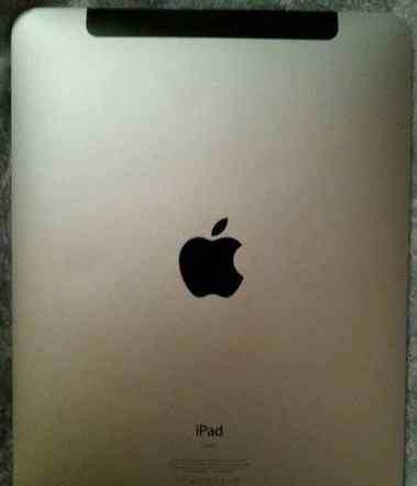iPad 1. 64 гига+ чехол