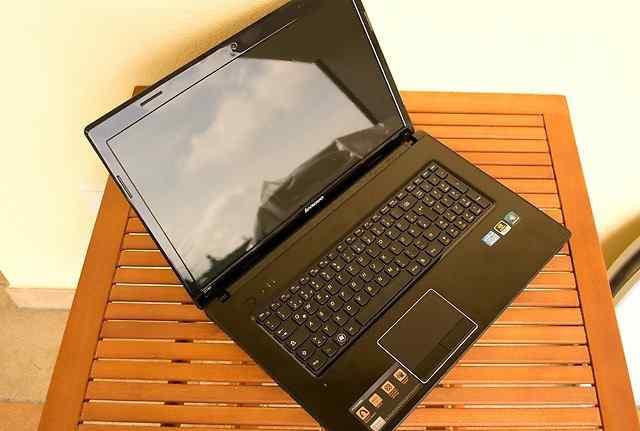 Core i5 в идеале Lenovo G780 диагональ 17.3