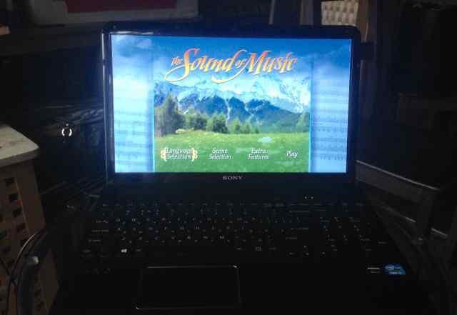 Ноутбук Sony vaio SVE-151E11V