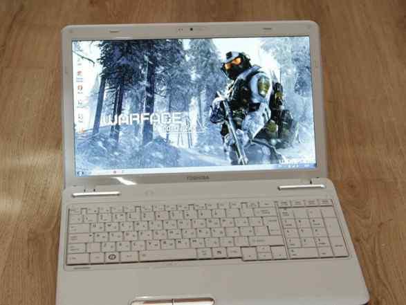 Белоснежная Toshiba -мощная i5, игровая 2гб